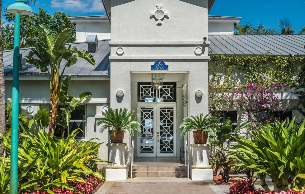 Large Dog Friendly Apartments Fort Lauderdale